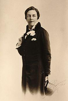 Romaine Brooks portrait, circa 1910 - Romaine Brooks - Wikipedia, the free encyclopedia