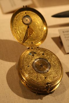 Clock watch with sundial. By Jan Jansen Bockeltz (1600s). Photo by Shelby Navone.