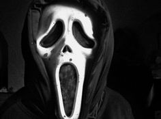 Ghostface is taking his reign of terror to the small screen. MTV is developing a weekly series based on the Scream film franchise, sources confirm to TVLine exclusively. Halloween Movies, Scary Movies, Horror Movies, Scary Halloween, Scream Tv Series, Scream Movie, Horror Movie Collection, Black And White Gif, Creepy Gif