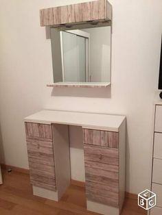 r sultats de recherche d 39 images pour coiffeuse meuble moderne je veux une coiffeuse. Black Bedroom Furniture Sets. Home Design Ideas