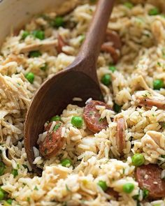 Chicken bog is a pilaf-style dish made of rice, chicken, onion, spices, and sausage. This quick and easy meal is sure to become a family favorite! Sausage Rice, Chicken Sausage, Skillet Chicken, Chicken Bog, Chicken Life, Chicken Meatballs, Dutch Oven Set, Sausage Breakfast, Eat Breakfast