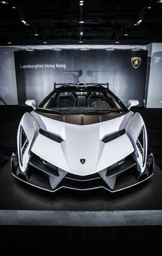 Lamborghini Veneno Roadster #luxure #car #machine