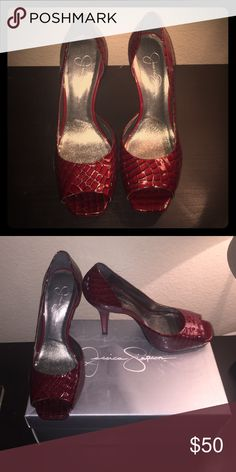 Jessica Simpson Red High Heels April 2017