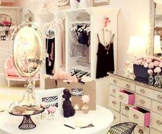 DREAM Closet (: