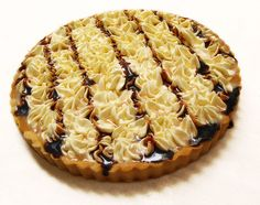 Banoffee Pie whole by jumanggy, via Flickr