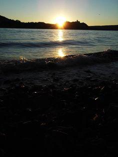 L'alba dalla spiaggia di #Meina ( #Novara #Piedmont #Italy )