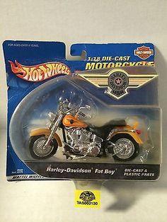 (TAS003130) - Hot Wheels Motorcycle - Harley Davidson Fat Boy