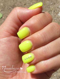 #nails #moonbasanails #lakkzsele Nails, Beauty, Finger Nails, Ongles, Beauty Illustration, Nail, Nail Manicure