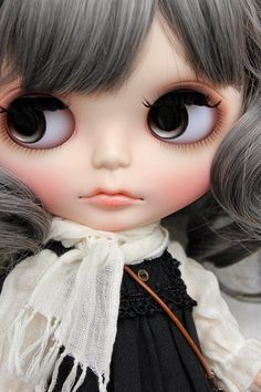 カスタムブライスさんヤフオク参加しました♪ |おとぎ箱 -OTOGIBAKO- Ooak Dolls, Blythe Dolls, Barbie Dolls, Art Portfolio, Custom Dolls, Big Eyes, Doll Accessories, Crochet Clothes, Beautiful Dolls
