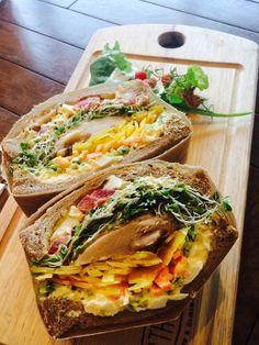 大阪北浜で人気のカフェ「ノースショア」で美しいサンドイッチを頬張ろう♩
