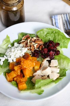 Roasted Butternut Squash Salad with Goat Cheese | Hot Dinner Happy Home