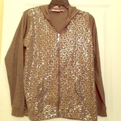 HP Super sparkly sequined heather grey hoodie Host Pick- 1/5: Glitter and Glamour Party Whoa sequins!  Lightweight heather grey hoodie with swirls of silver sequins all over the front.  Zipper also encrusted with clear crystals  time to sparkle and shine ladies!  Although a small can fit a medium/large comfortably as it is a women's petite so quite roomy! NWOT Quacker Factory Sweaters