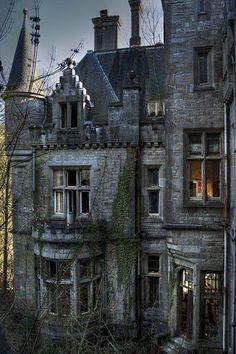 Abandoned castle, Ireland.