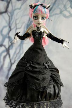 Custom Monster High Rochelle Goyle Gothic Victorian Ooak Repaint | eBay (dress by Etsy seller JonnaJonzon)