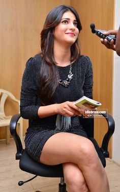 Shruti Hassan at an event | Unseen Images