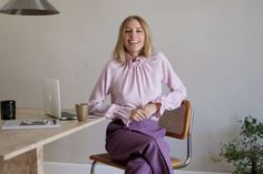 What's On My Desk? Hanna Stefansson, Ruffle Blouse, Desk, Career, How To Wear, Goals, Clothes, Future, Women