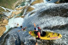 Red Bull Captures Extreme Sports In Motion - DesignTAXI.com