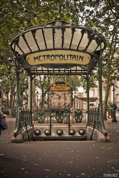 Art Nouveau Architecture Inspiration Paris France Ideas For 2019 Tour Eiffel, Paris Travel, France Travel, Paris France, France Art, Architecture Art Nouveau, Paris Architecture, Art Nouveau Arquitectura, Hector Guimard