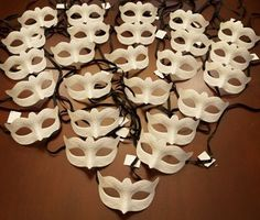 Venetian Masks Unpainted Party Pack - ooooh diy