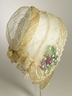 It would be cool in the summer but would it keep you from getting sun burned? Antique lace bonnet, Cap 1840 The Los Angeles County Museum of Art Victorian Hats, Victorian Fashion, Vintage Fashion, 1930s Fashion, Fashion Fashion, Antique Clothing, Historical Clothing, Vintage Dresses, Vintage Outfits