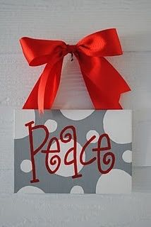 christmas paintings Any word, any color using stencils! love the polka dots and the color contrast Holiday Canvas, Christmas Paintings On Canvas, Christmas Canvas, Christmas Art, Christmas Projects, Holiday Crafts, Holiday Fun, Christmas Holidays, Christmas Ornaments