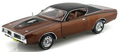 1971 Dodge Charger Super Bee Dark Bronze Diecast Car in Scale Auto World American Muscle Collection. Dodge Charger Super Bee, 1971 Dodge Charger, Miniature Cars, Car Ins, Scale Models, Diecast, Bronze, Dark, Miniatures