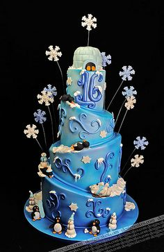 Snow flake sweet sixteen cake | by Design Cakes