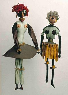 Hannah Höch (1889-1978), Dada-Puppen, 1916/1918 Textiles, carton et perles.  Berlinische Galerie. Landesmuseum für Moderne Kunst, Fotografie...