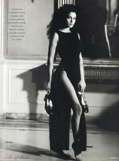 """″Moda"""" Italy, March 1996 Photographer: Francesco Escalar Model: Monica Bellucci"""