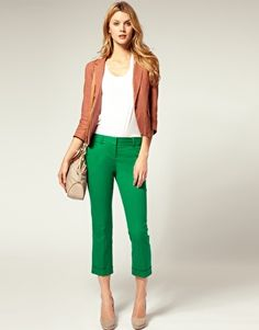 polka dots   green pants- like color scheme and reallllllly like ...