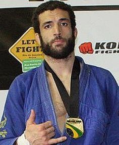 Murilo Santana is an Underrated Passer Like Leandro Lo (before he became the greatest thing since sliced bread), Murilo Santana is another one of BJJ's best kept secrets. He has a rep as a pressure...