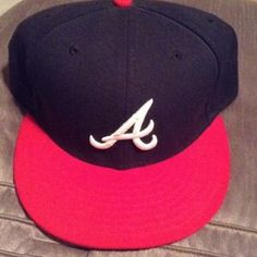 I just discovered this while shopping on Poshmark: Men's New Era Fitted. Check it out!  Size: 7 5/8