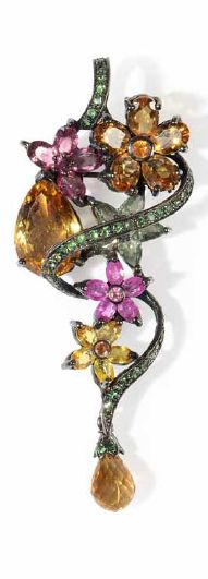 A silver pendant set with citrines, tourmalines, garnets, pink sapphires, can be worn as a brooch, 19 g, 7.5 cm