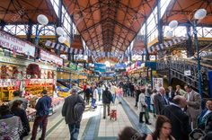 Covered food market
