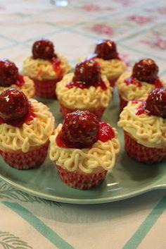 Vacuuming in high heels & pearls: April Fool's treat: Spaghetti & Meatballs cupcakes