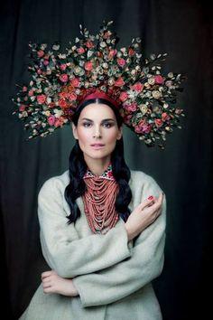 Amazing Ukrainian folklore becomes magic   Slavorum