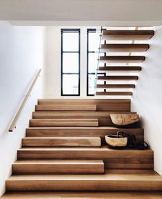 Home Remodel Ideas Stairs Ideas home Ideas Remodel Home Stairs Design, Interior Stairs, Modern House Design, Home Interior Design, Staircase Design Modern, Modern Houses, Stairs Architecture, Interior Architecture, Flur Design