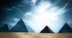 Perdida? Manuscrito antigo revela que existia uma misteriosa pirâmide negra no planalto de Gizé - Sempre Questione