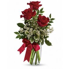 Somebody's gonna get a beautiful surprise. Imagine her smile when this lovely bouquet of roses arrives at her door - for no special reason at all. You are going to be such a hero. This charming bouquet includes nine red r Red Rose Arrangements, Valentine Flower Arrangements, Romantic Flowers, Beautiful Flowers, Send Flowers, City Flowers, Flower Bouquets, Flowers For Valentines Day, Valentine Ideas