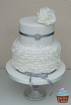 Frills Silver Wedding Cake - Interesting concept - could have one or two plain layers