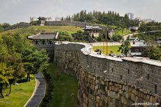 Suwon Hwaseong Fortress (수원 화성)
