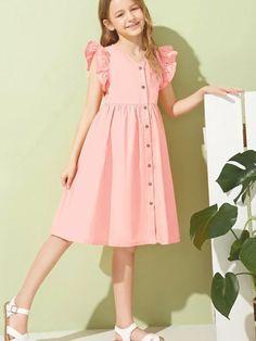 Frocks For Girls, Little Girl Dresses, Girls Dresses, Girls Fashion Clothes, Kids Fashion, Fashion Dresses, Kids Frocks Design, Frock Design, Button Front Dress