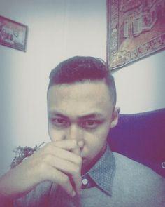 "Edisi malam minggu sama ""kedan""  Ngerjai tugas fotografi tapi zonk terus ya.  Kelilingin medan #kedan #medan #saturday #night #kelilingmedan #kesawansquare #chinatown #mosque #tst #ootd #newhair #barber #barbershop #pomade #guys #bestfriend #shoot #bro  Let's get your haircut on @theman.barbershop by rizkysiregar98"