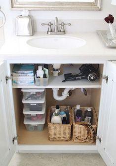 100 Smart Bathroom Organization Ideas | ComfyDwelling.com