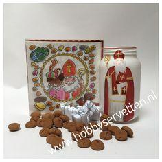 Sinterklaas servetten aangebracht op een glazen pot met decoupage lijm.