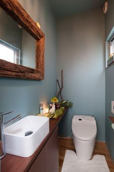 Excite Your Site visitors with These 30 Charming Half-Bathroom Styles Dream Bathrooms, Small Bathroom, Ideas Baños, Downstairs Toilet, Toilet Room, Home Upgrades, Bathroom Toilets, Home And Deco, Bathroom Styling