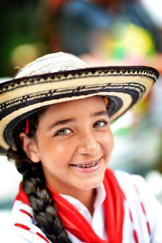 Bastilla de Flores Parade, Colombia Festiva - Photo by Rachel Naft for Photographers Without Borders