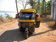 #ViajesDeAventurasExtremas - Súbete a un tut tut, sal de la ciudad y explora caminos desconocidos en India.