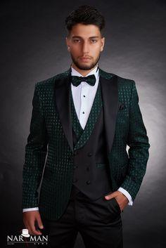 poza2 produs Groom Tuxedo, Tuxedo For Men, Mens Fashion Suits, Mens Suits, Bucharest, Pretty Men, Wedding Suits, Formal Wear, Nasa