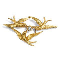Goldene Schwalben, goldene Zukunft - Exquisite Diamant-Anhänger/Brosche des Jugendstil, um 1910 von Hofer Antikschmuck aus Berlin // #hoferantikschmuck #antik #schmuck #antique #jewellery #jewelry